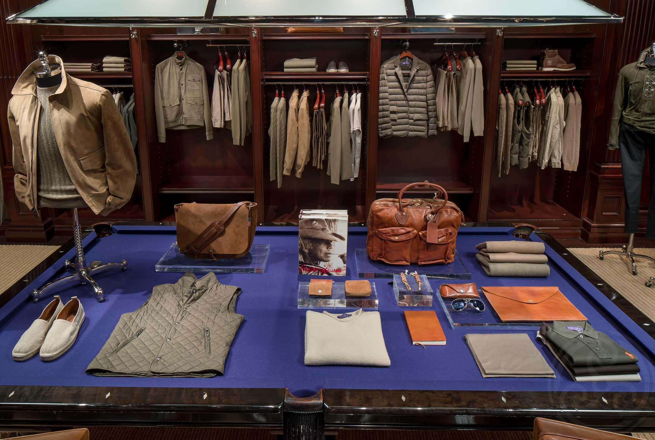 MarcinMuchalski_RetailStores_0103.JPG
