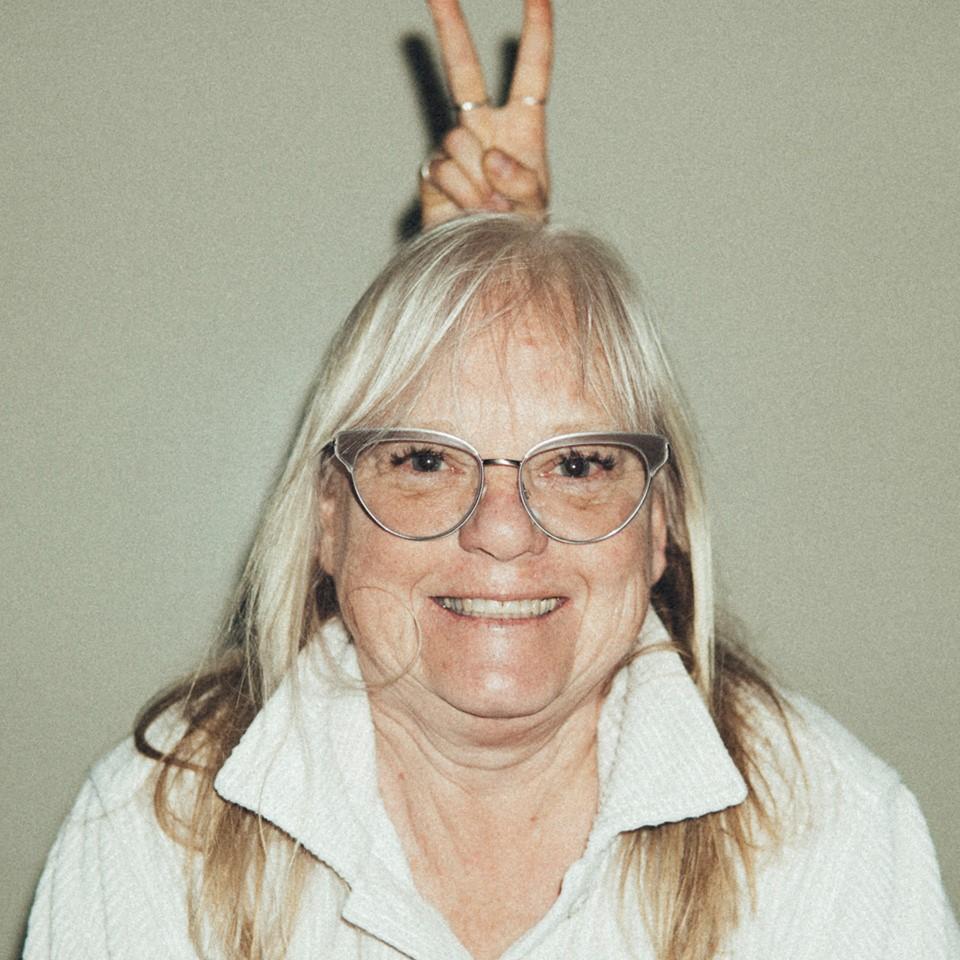 ELLEN ANDERSON - Mentor