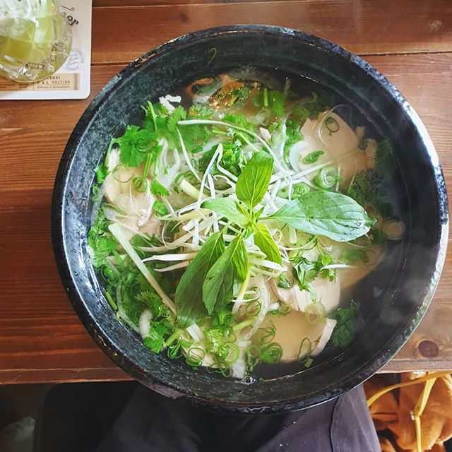 It's all about food on Sunday 😍 But, for me, if Pho (like this Berlin one that I had on my birthday a few months back) was on a Roast menu then I'd go for that.  Where would you go for an alternative Sunday roast?  #brightongirl  #berlingirl #citygirlnetwork #sundayfood #fbloggers #tbloggers #berlinfood #pho #sundayfunday