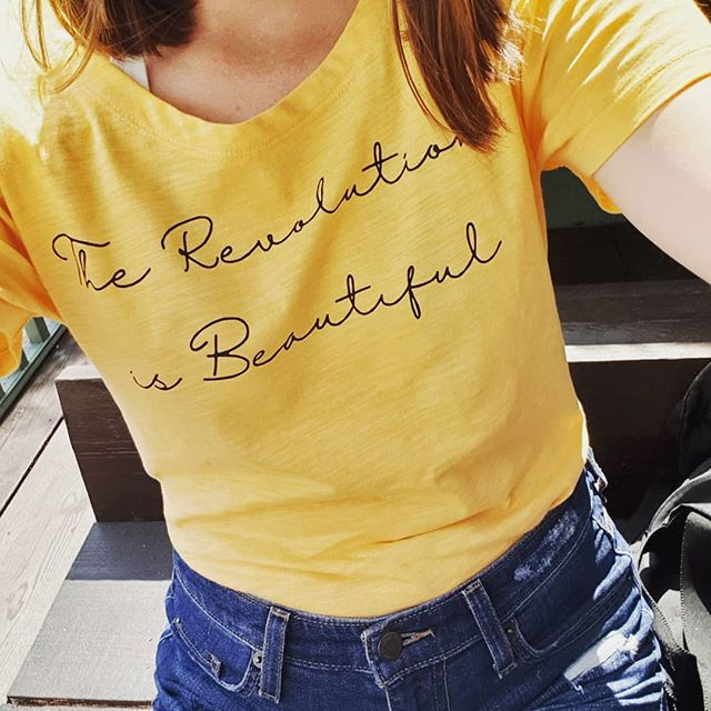 Happy Sunday! ☀️ It was lovely to see the Brighton Girls this morning for our monthly coffee meet up! ☕  At yesterday's @clevergreenfestival I bought this lovely tee made by @unoa_clothing. All of the profits go to @thesocialsocietybrighton, run by my gorgeous friend @tonifinnimore. 💚  The tee itself is made from ethical and sustainable material. Unoa make organic leisure and active wear, you see. 🌱  Treat yourself this summer to this - available in lots of colours. Money goes to a really good cause.  Enjoy this gorgeous summer weather!  #brightongirl #brighton #brightonandhove #citygirlnetwork #womensupportingwomen #womeninbiz #sustainablefashion #ethicalfashion #ecofashion #sustainablelifestyle #brightonblogger #lbloggers #ethicalinfluencer