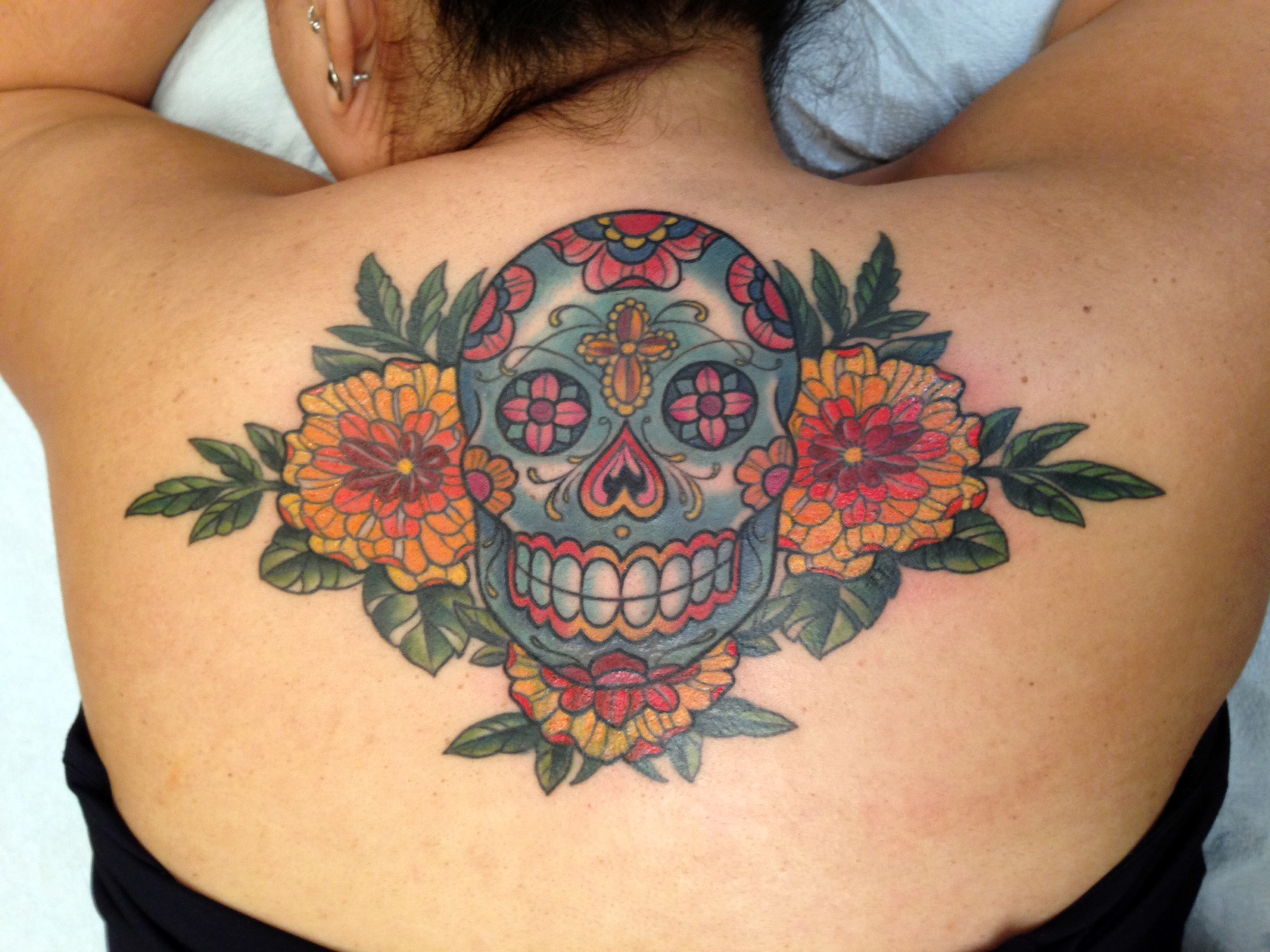 kim-saigh-sugar-skull-flowers.JPG