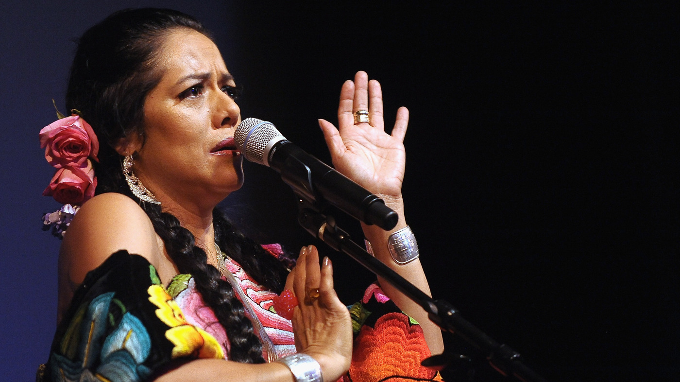 Lila Downs courtesy of Getty Images.