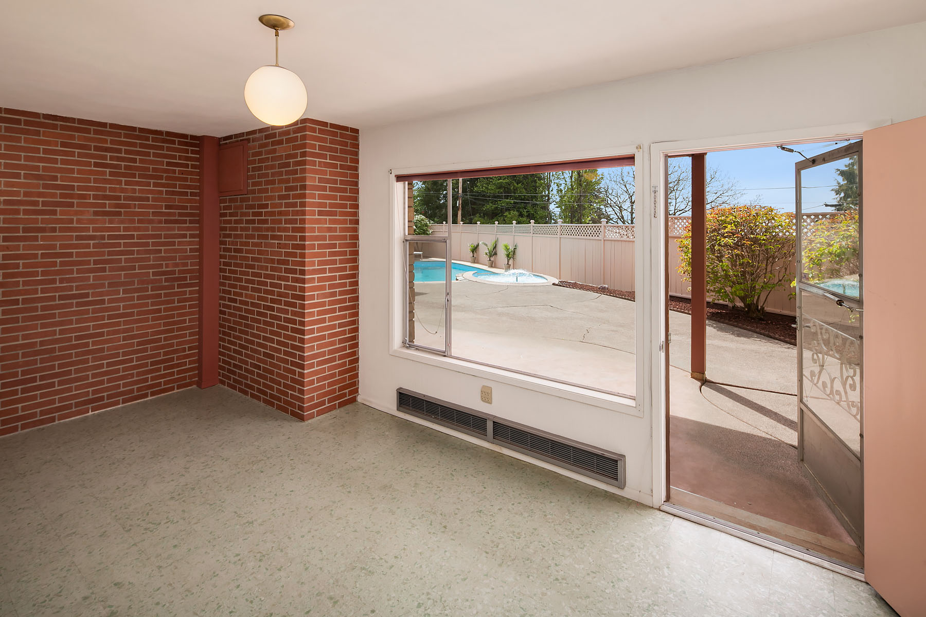 Mid-century home in Bellingham