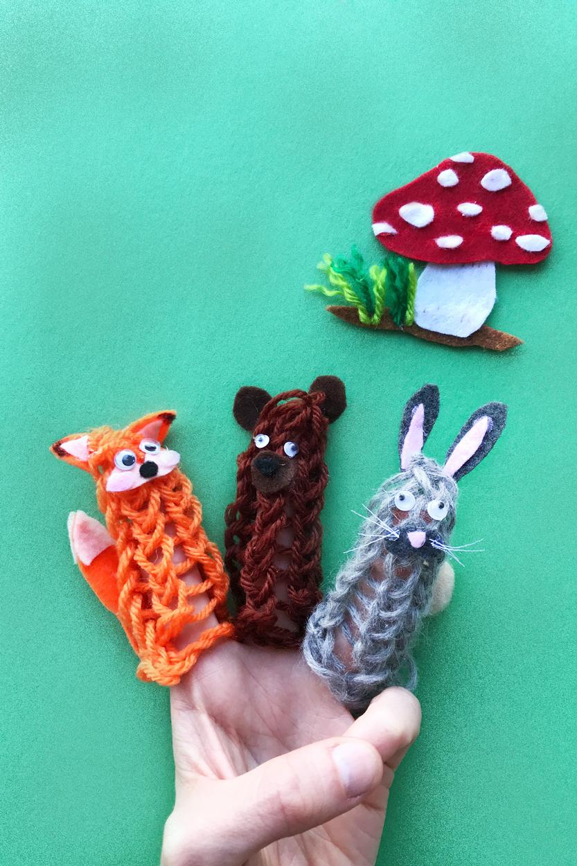 knitfingerpuppets.jpg
