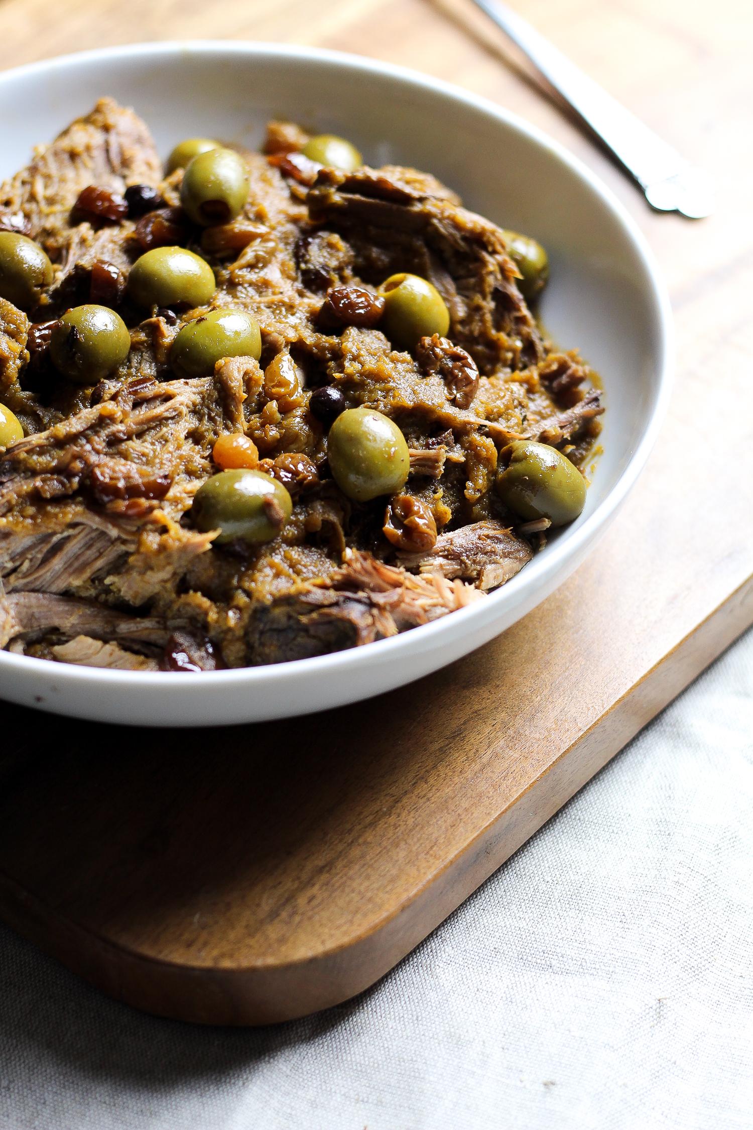 Alton Brown's Slow-Cooker Paleo Pot Roast via Worthy Pause