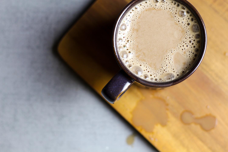 Easy Paleo Hot Chocolate Recipe via Worthy Pause