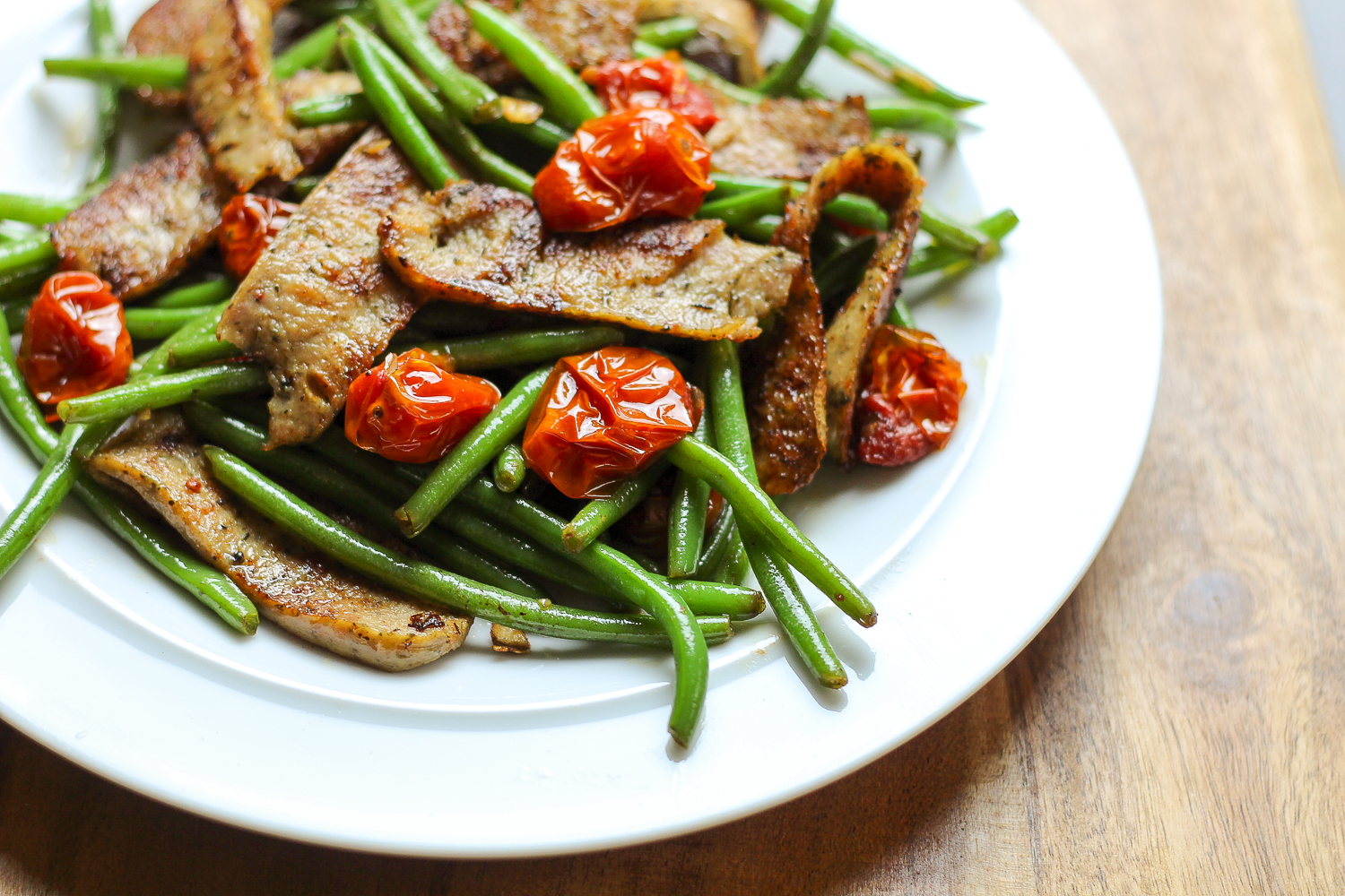 """Easy Chicken """"Gyro"""" Skillet with Green Beans Recipe via Worthy Pause"""
