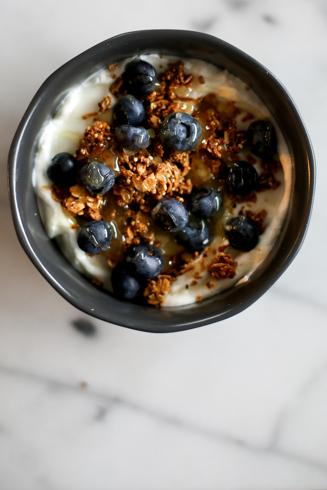 5 Portable Weekday Breakfasts To Bring To Work via Worthy Pause