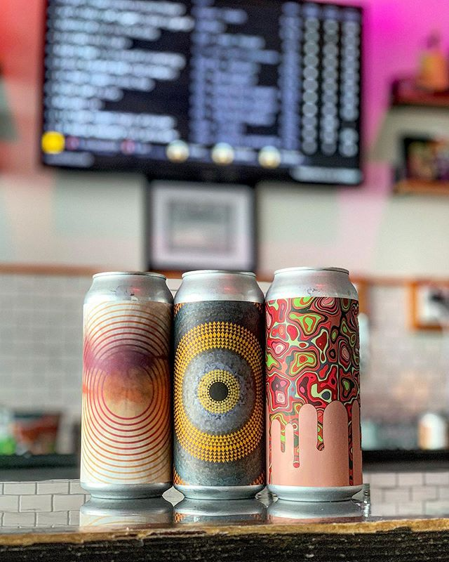 First time for this amazing brewery at Wander! Fresh @barreledsouls cans available now in our cooler: Prerequisite (DIPA), Summer Jam (Strawberry+Rhubarb Tart Ale), Superman Punch (Fruit Punch Gose) �