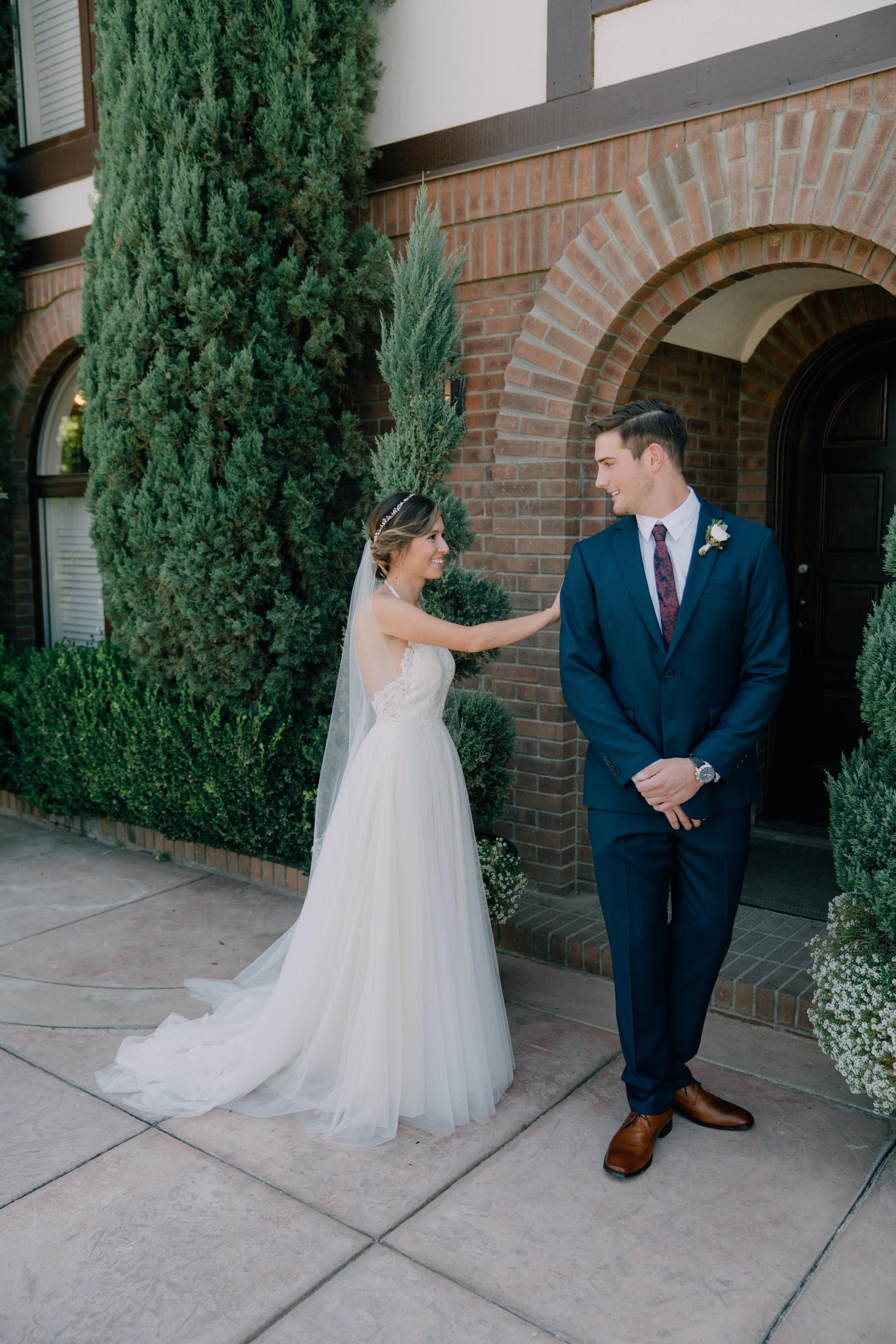 bride & groom-00117.jpg