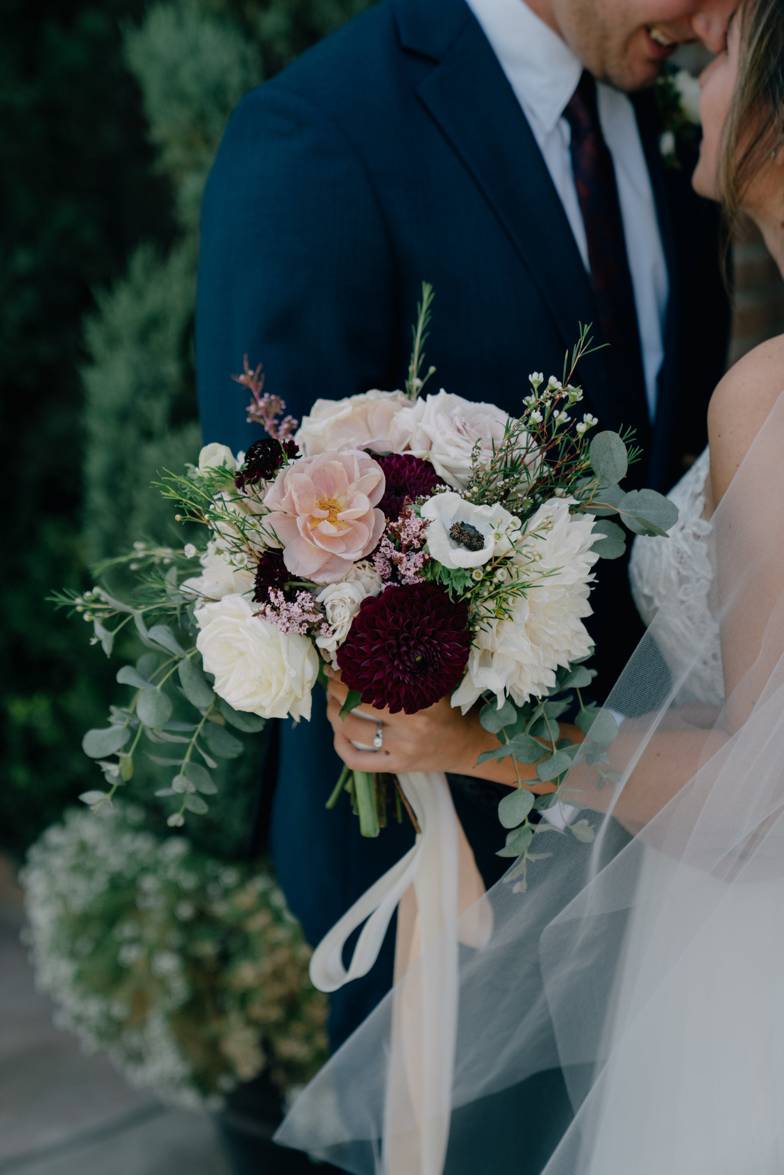 bride & groom-00194.jpg