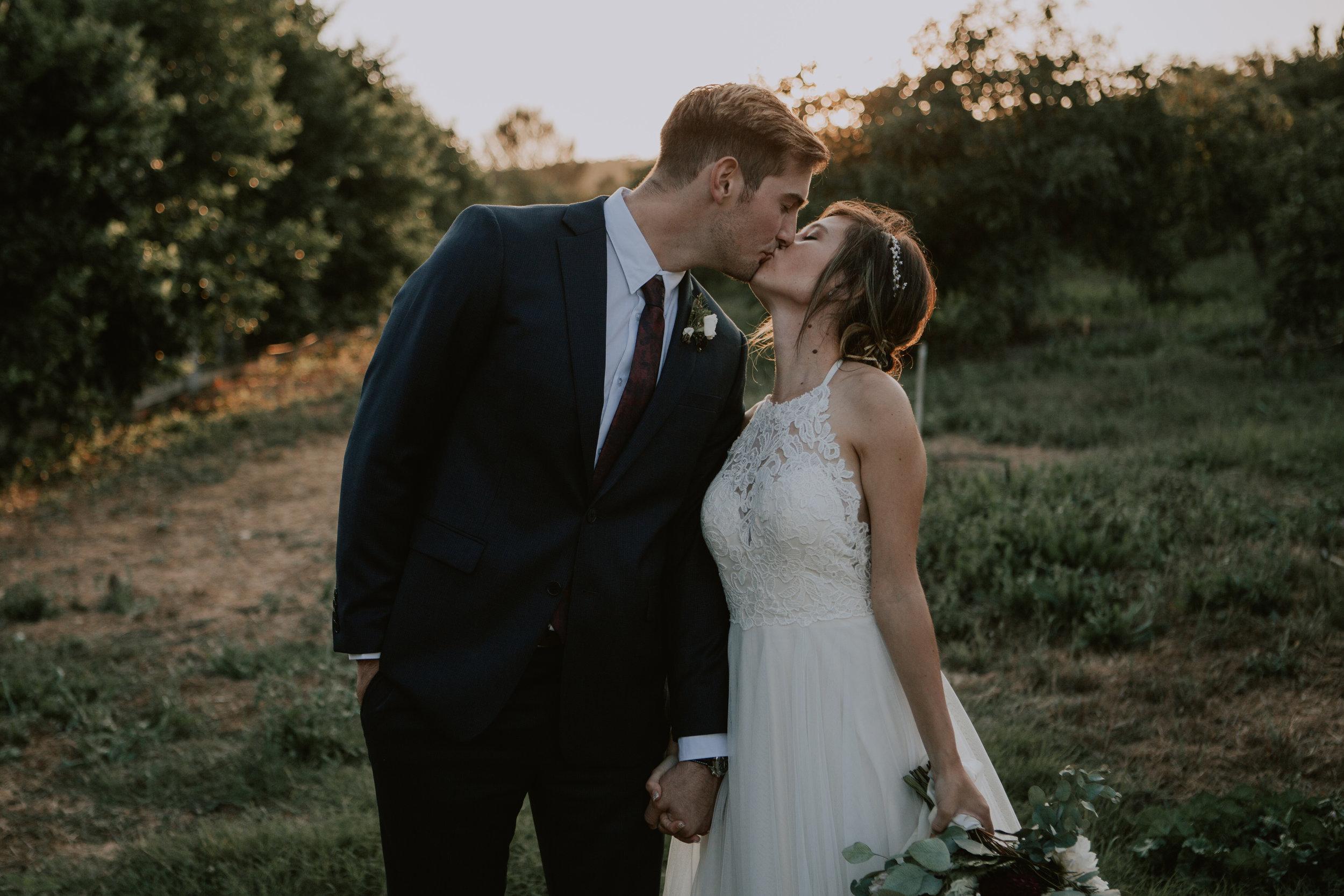 bride and groom-5838.jpg