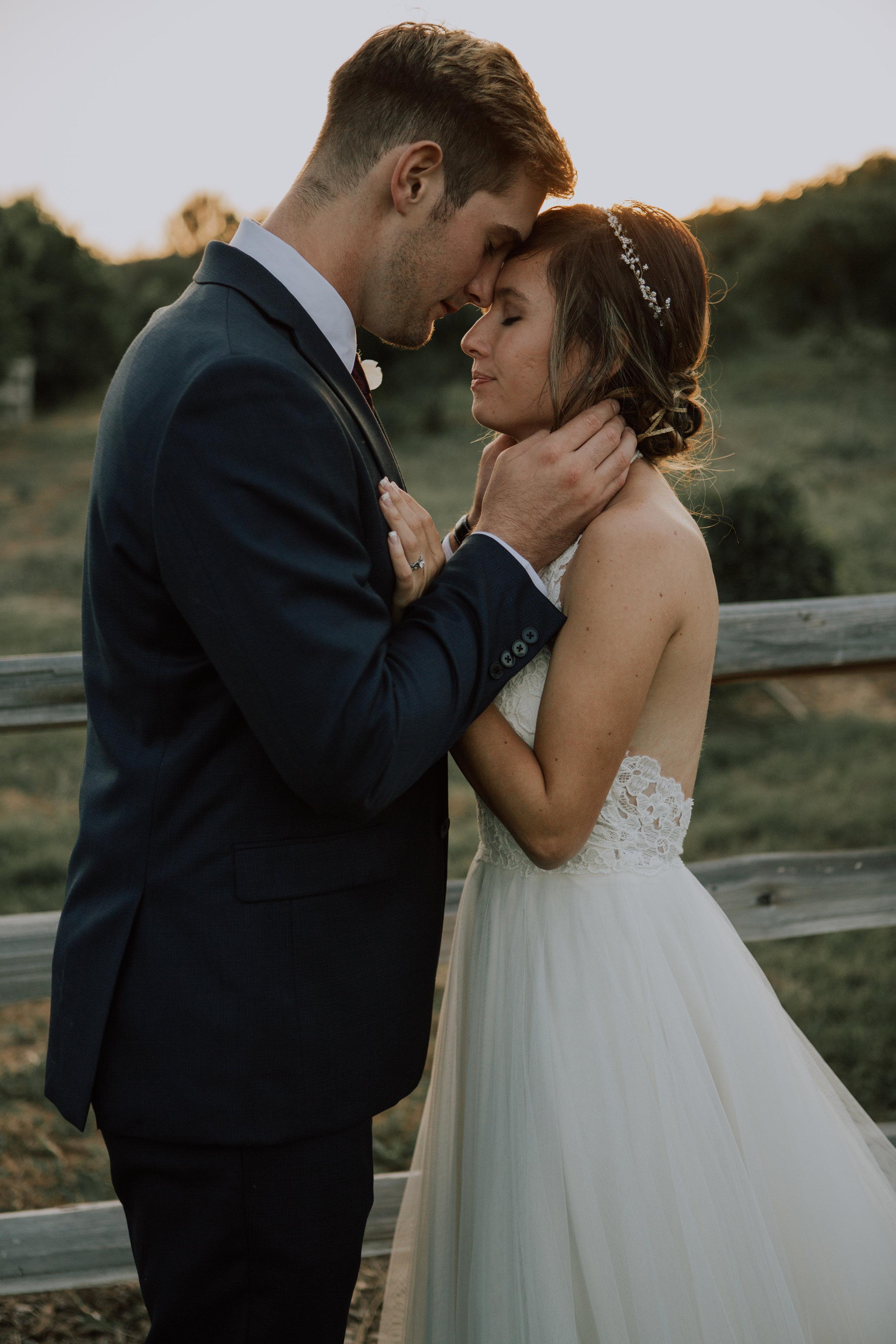 bride and groom-5909.jpg