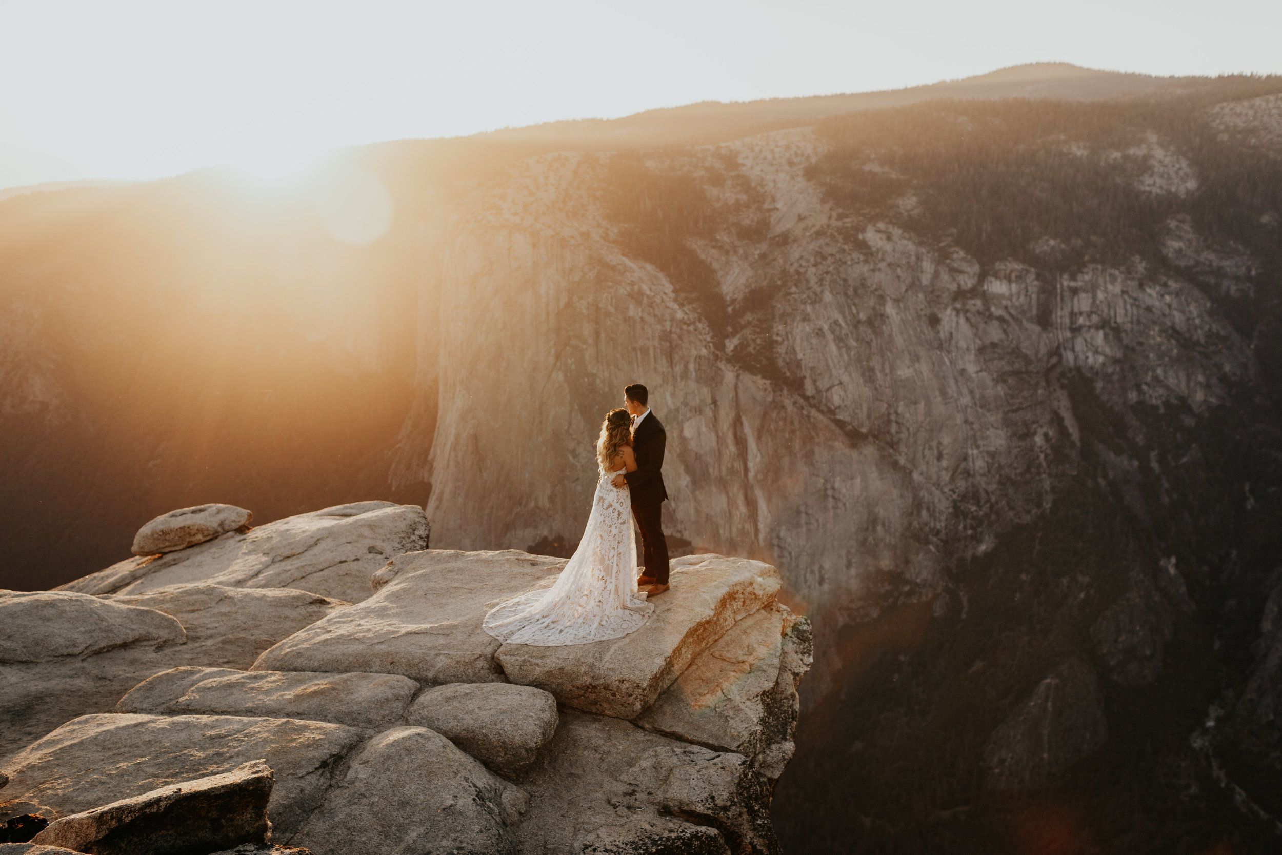 yosemite elopement Taft Point