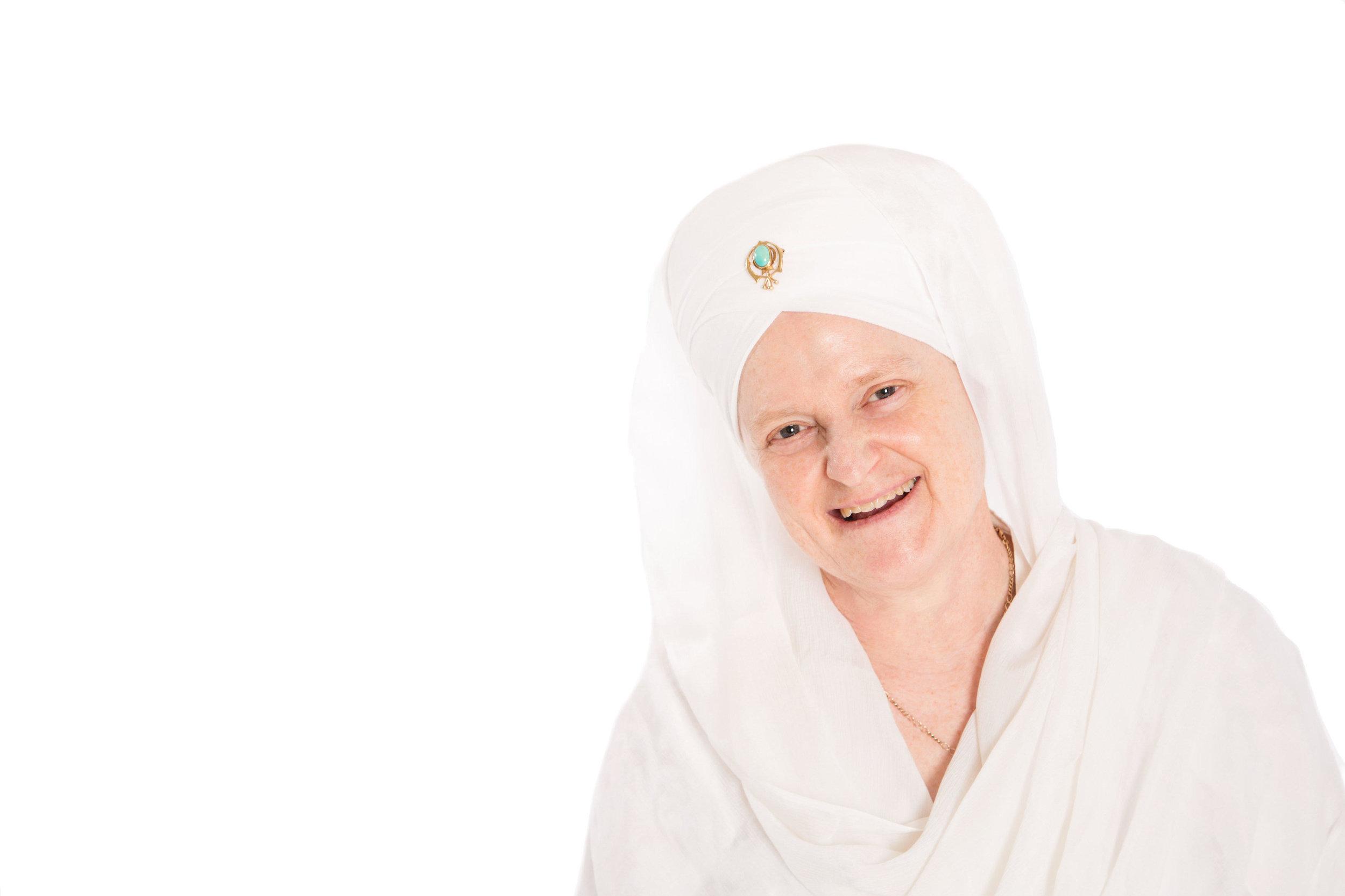 Awtar Kaur Khalsa (Lead)   Director of the San Francisco Ashram. Awtar has been studying, teaching and sharing Kundalini yoga and meditation since 1972. She has a wonderful sense of humor and openness.