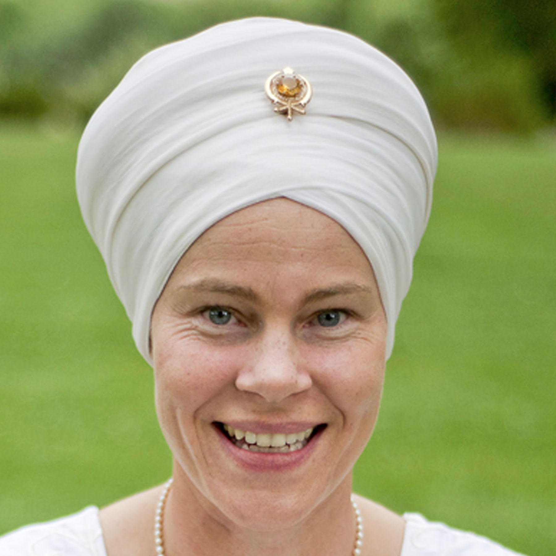 Dr. Japa Kaur Khalsa (Professional)   is the co-author of the textbook Enlightened Bodies; Exploring Physical and Subtle Human Anatomy. She is a Doctor of Oriental Medicine combining traditional acupuncture with herbal and nutritional medicine, numerology and energy healing. She travels and teaches as an International Kundalini Yoga Teacher Trainer and inspirational speaker. As a second generation physician she has a special passion to help the current healthcare crisis by helping people to awaken their own internal ability to self heal and to train professionals how yoga and meditation work.