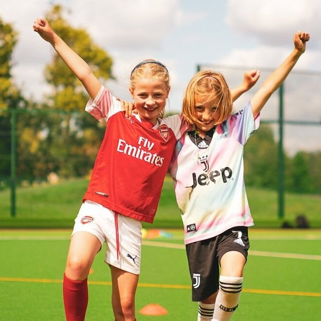 HOLIDAY CAMPS -