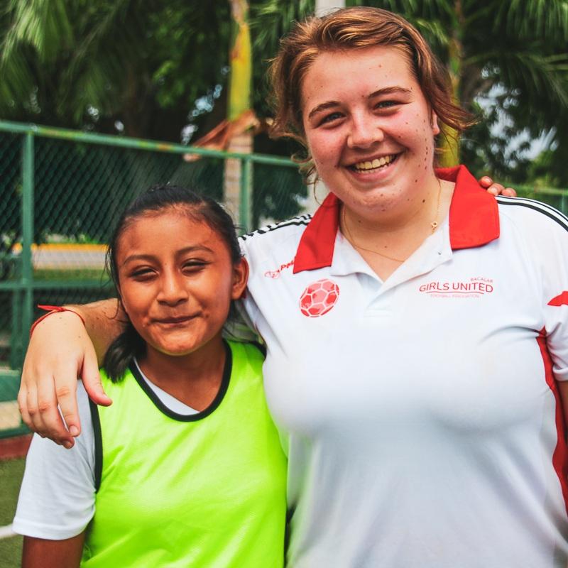 ENTRENADORAS - Entrena a judadoras para desarrollar sus habilidades deportivas y de vida.