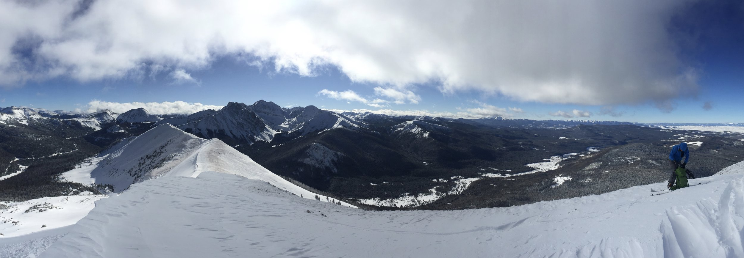 Ripping skins on N Diamond Peak, Cameron Pass Dec 2016