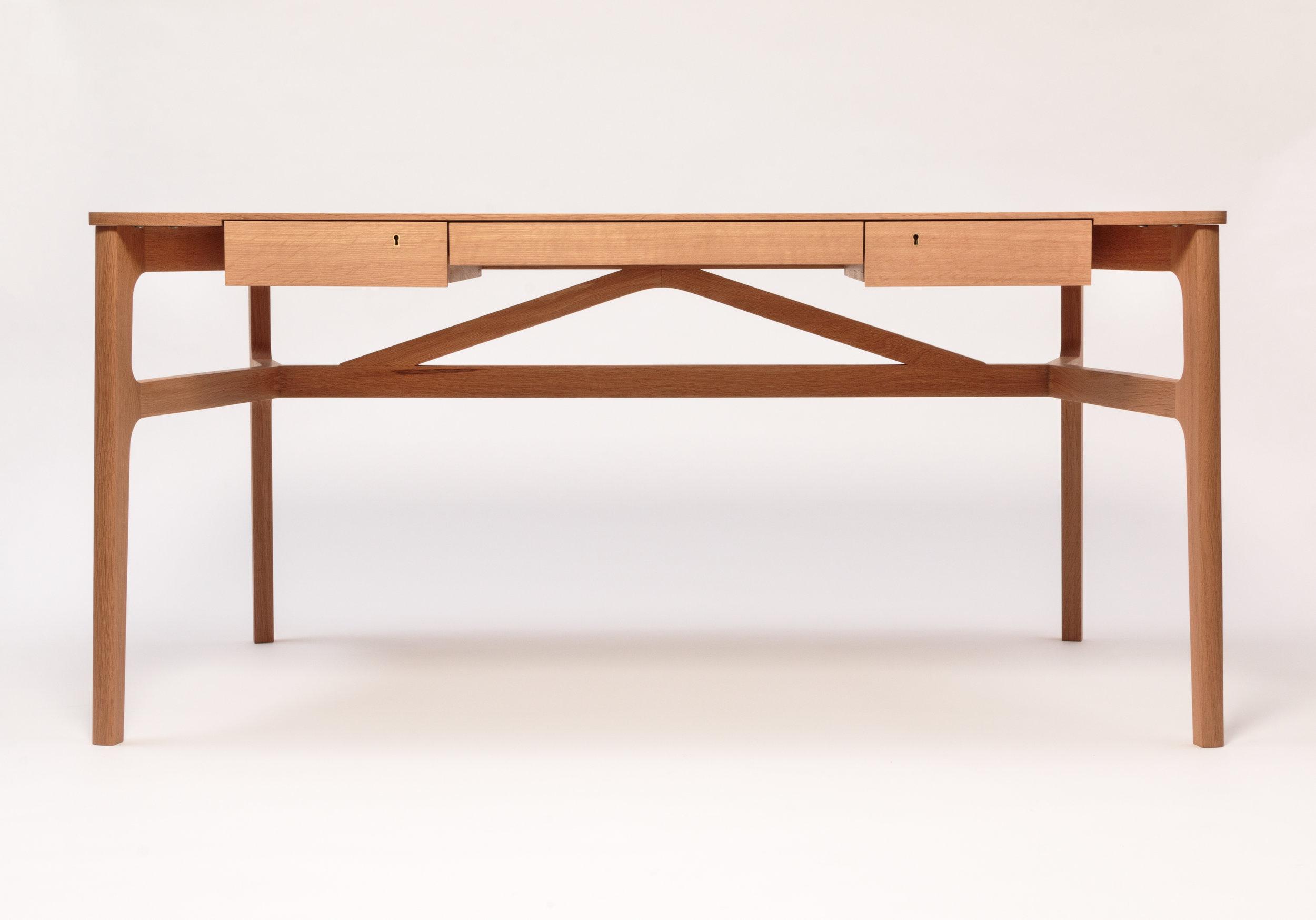 Taper Desk2.jpg