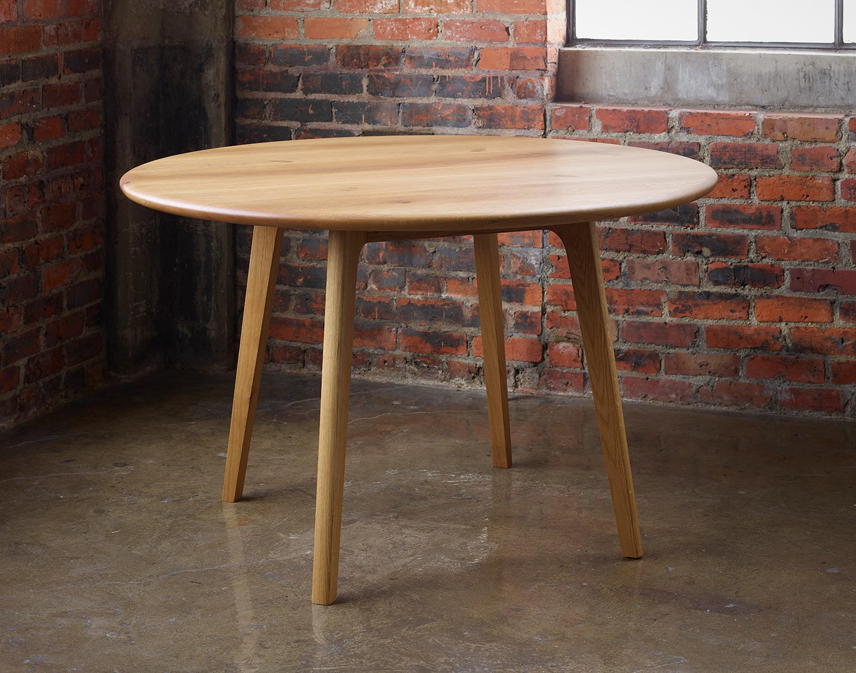 Reliable Oak Table
