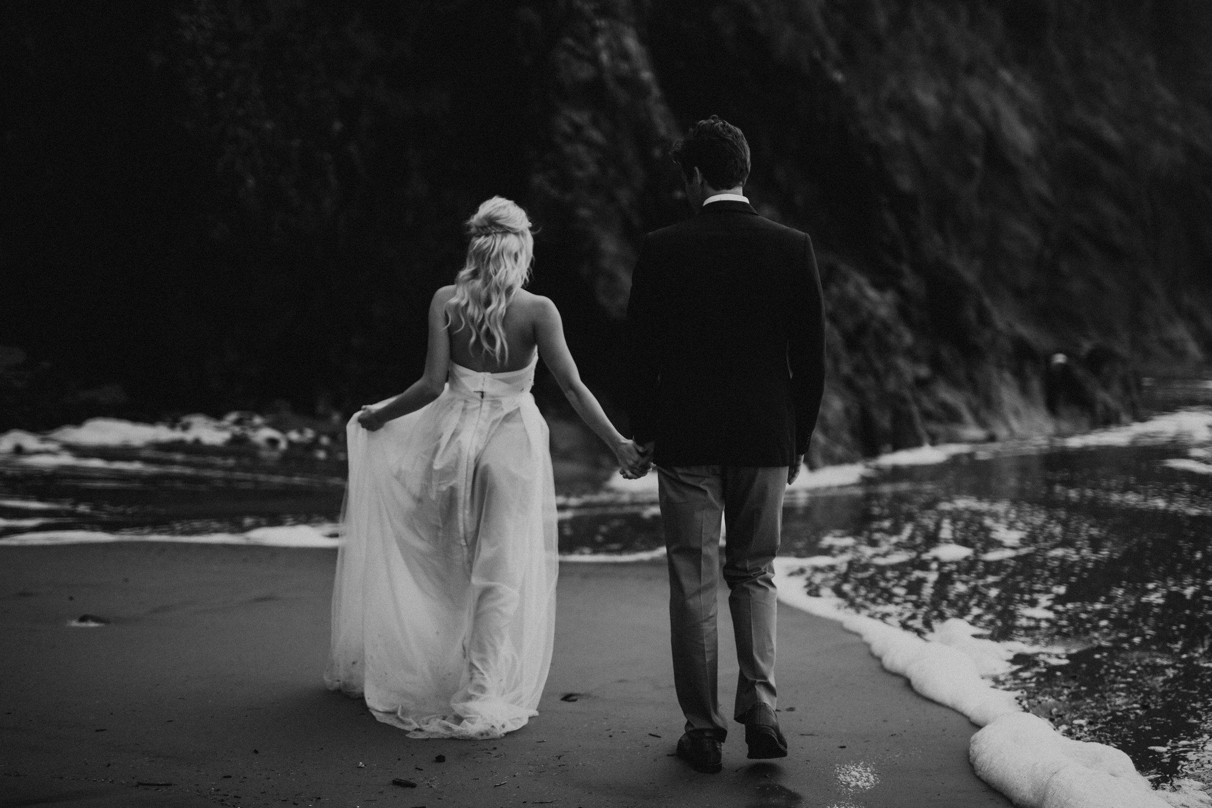 pnw-wedding-photographer.jpg