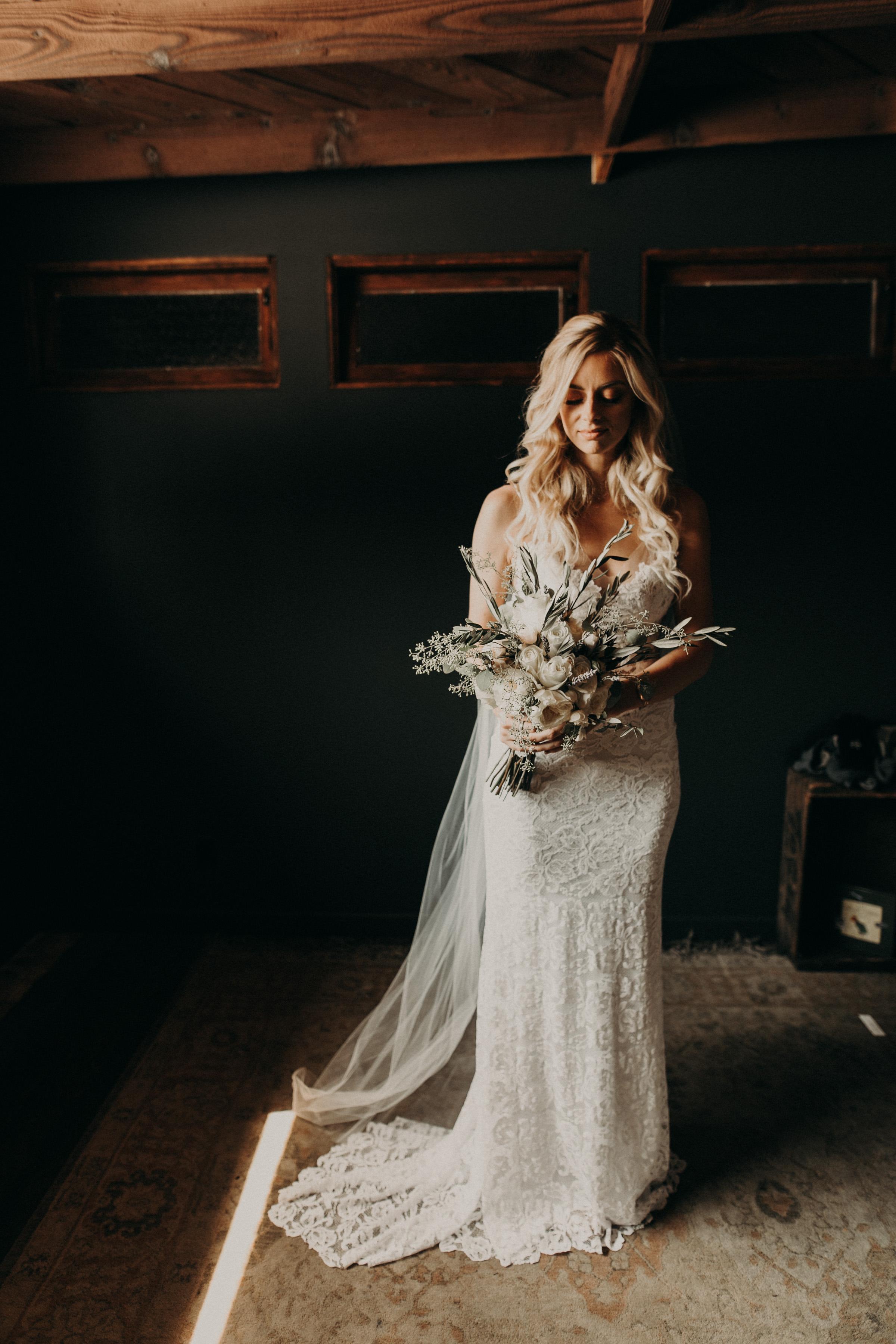 smoky-hollow-studios-wedding-photographer.jpg