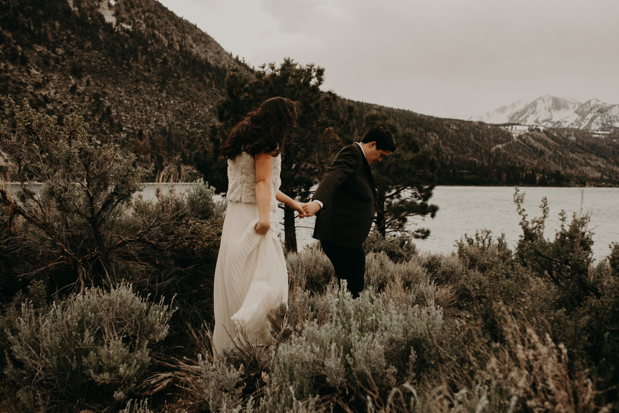 June-lake-engagement-photography.jpg