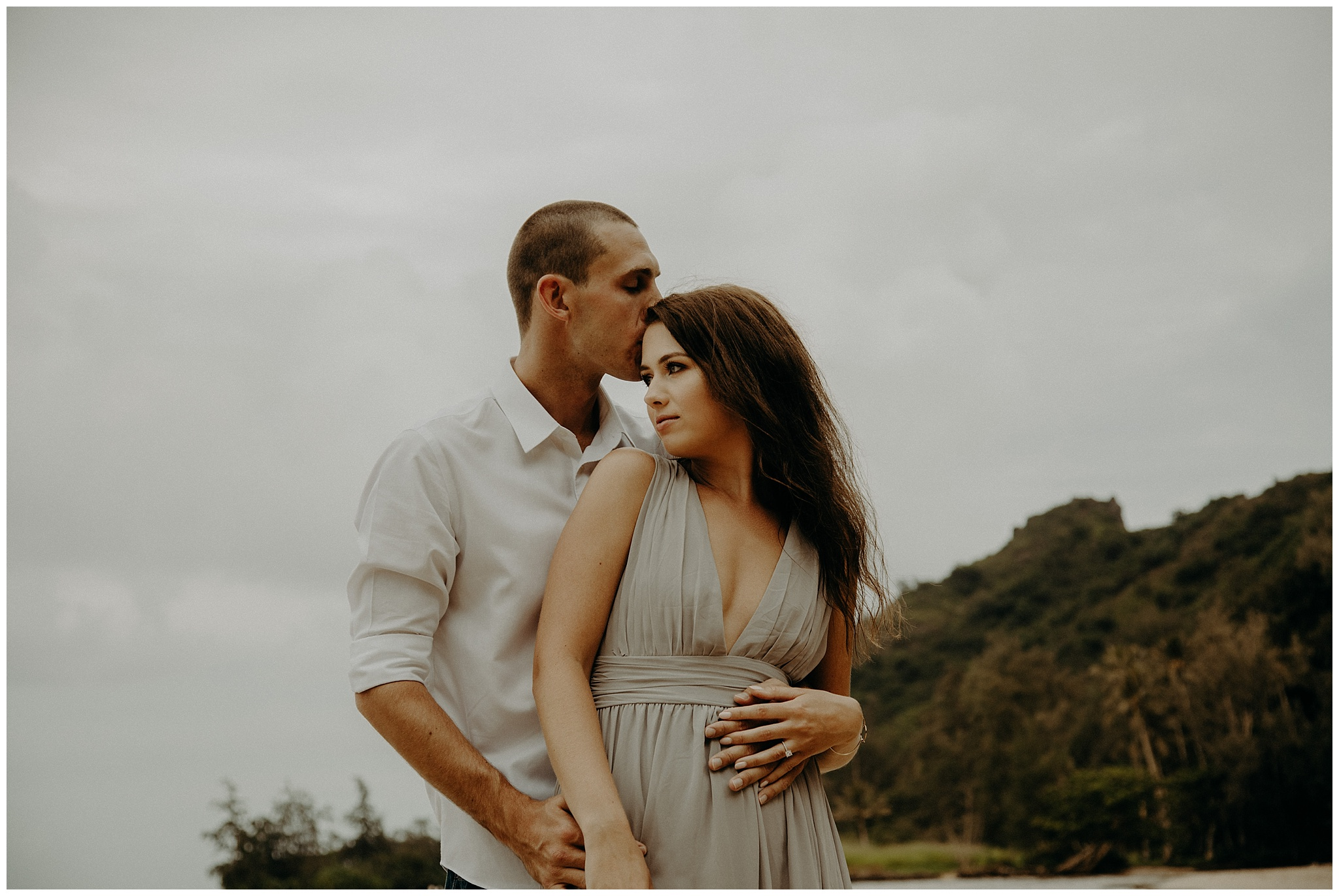 kahana-bay-engagement-photos2.jpg