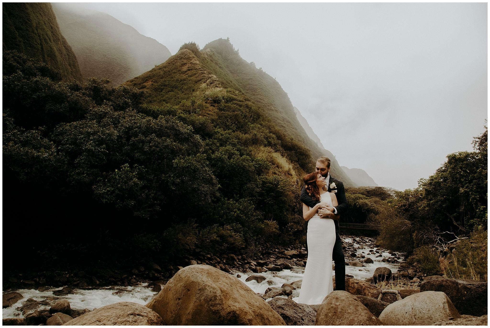 Hawaii-Elopement-Photographer4.jpg