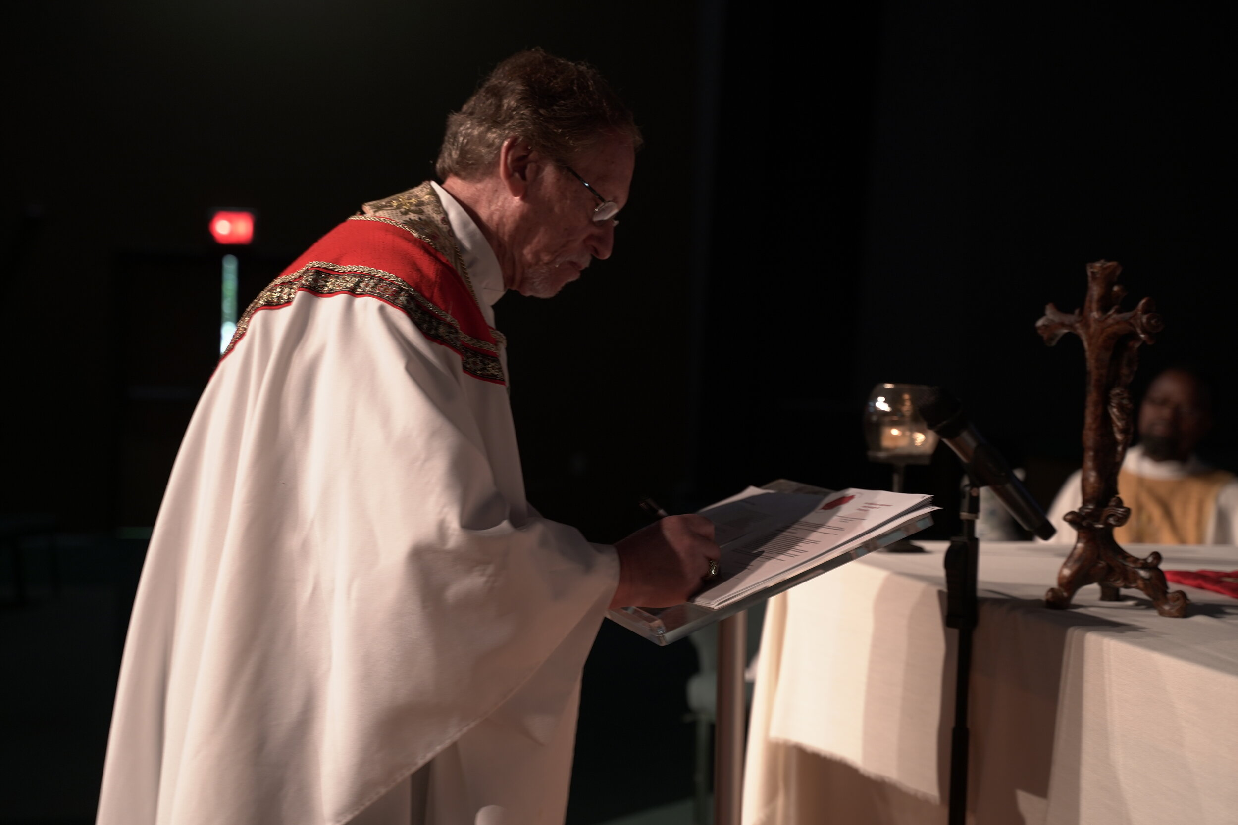 Archbishop Russ McClanahan signs the Instruments of Unity of the CEEC at the October 2019 Synod