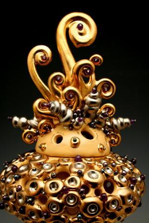 2 detail of head and crown_2.JPG