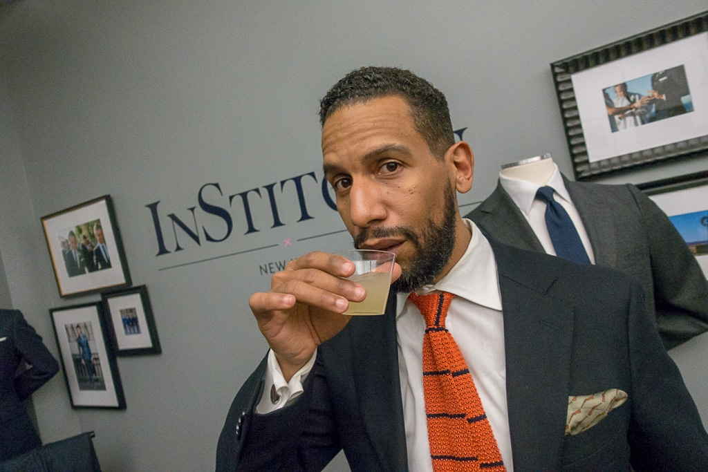 Manny Almonte sips Yave Tequila at InStitchu's NYC Showroom