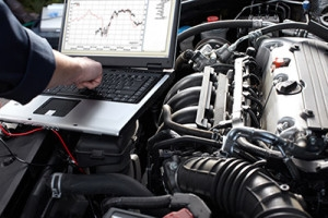 Laptops and Horsepower : Autorend EFI teaches Bella Vista High auto shop students how to tune modern electronic fuel injection systems.