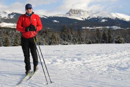 Dieter Regett has lived in Jasper for past 36 years and is the owner and operator of Jasper Discovery Tours. Make a reservation today to discover everything that Jasper has to offer!