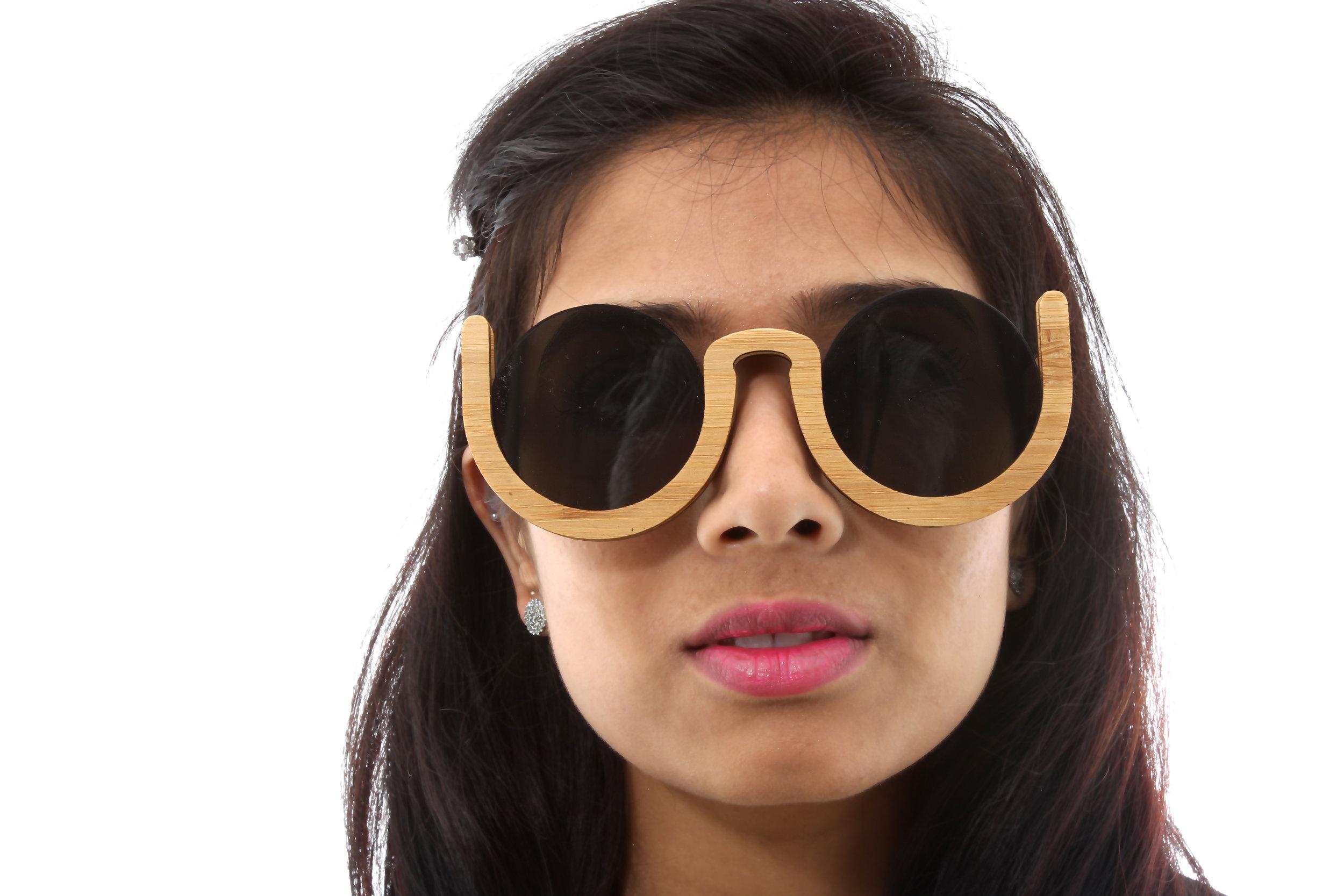 Black_Glasses.jpg