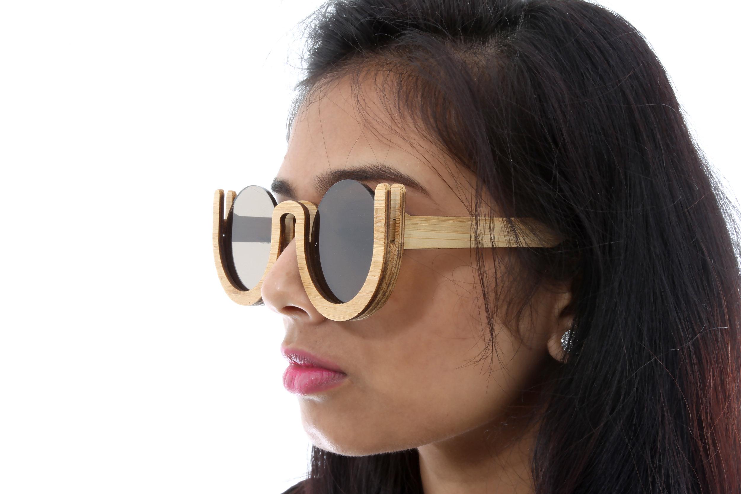 Glasses_side.jpg