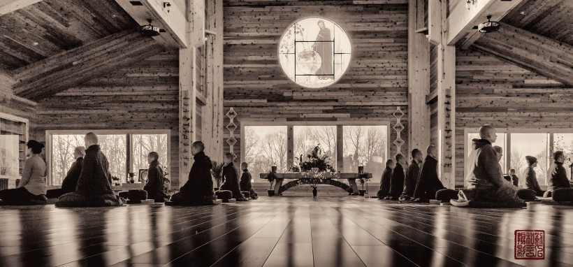 Plum Village Meditation Hall Zazen - 11 Ways to Be More Like a Zen Monk