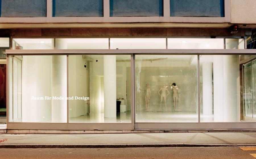 Zwei 25  Zweierstrasse 25  8004 Zurich  Opening Hours:  Thursday-Friday 11:00-19:00  Saturday 11:00-19:00