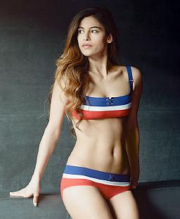 nathalie_schweizer_franca_bikini.jpg
