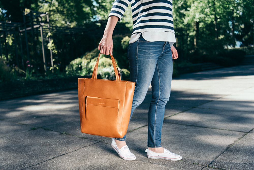 LOST & FOUND_Tote Bag Large_Caramel.jpg