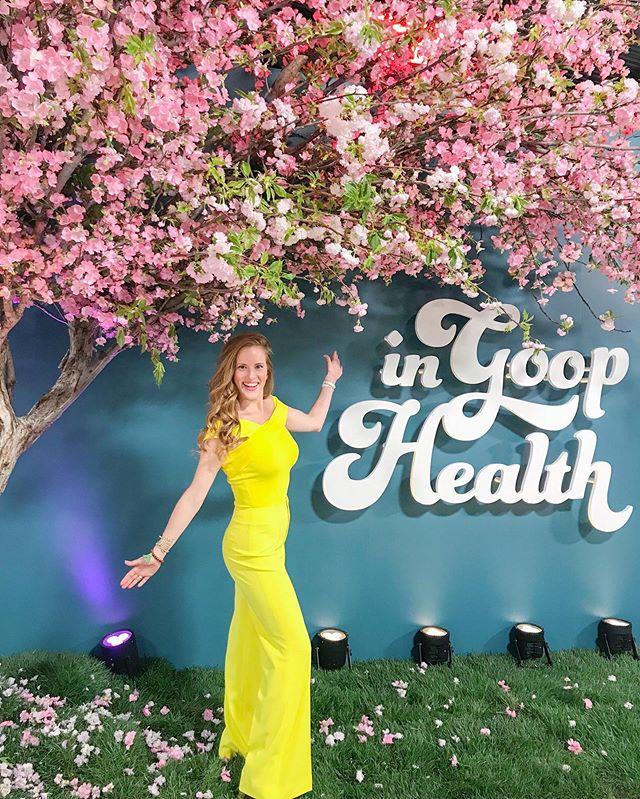 In GOOP Health  ✨ #sparkleandshine #lightenandbrighten #groundedgold . . . #ingoophealth #mentalwellness #connection #mentalhealthawareness #thankful #mindset #mindfulness #joy #la #nontoxic #intention #lifestyle #health #healthy #science #mindbodygreen #mindbodysoul #wellness
