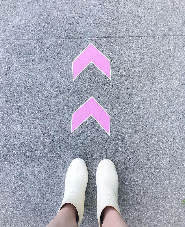 My Own Way   ✨ #sparkleandshine #lightenandbrighten #groundedgold . . . #mentalwellness #reflection #intention #connection #mentalhealthawareness #thankful #mindset #mindfulness #joy #la #nontoxic #intention #lifestyle #health #healthy #science #mindbodygreen #mindbodysoul #wellness