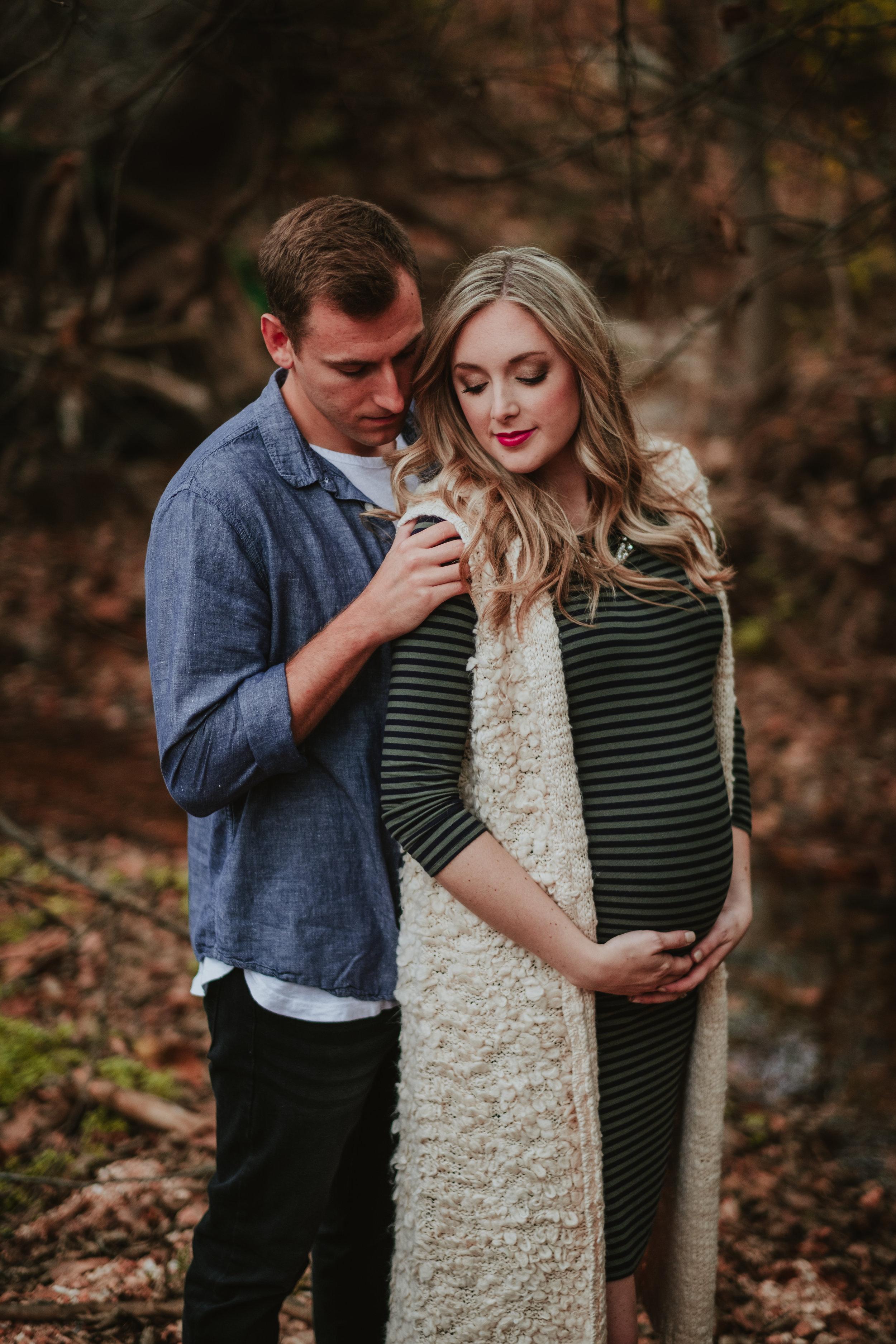 Micah.Chris.Maternity.2016.Delyn.Megan.Stirewalt-13.jpg