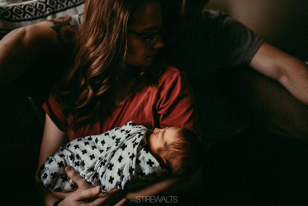 Hostetler.newborn.graceandchaos.©2017.TheStirewalts-7.jpg