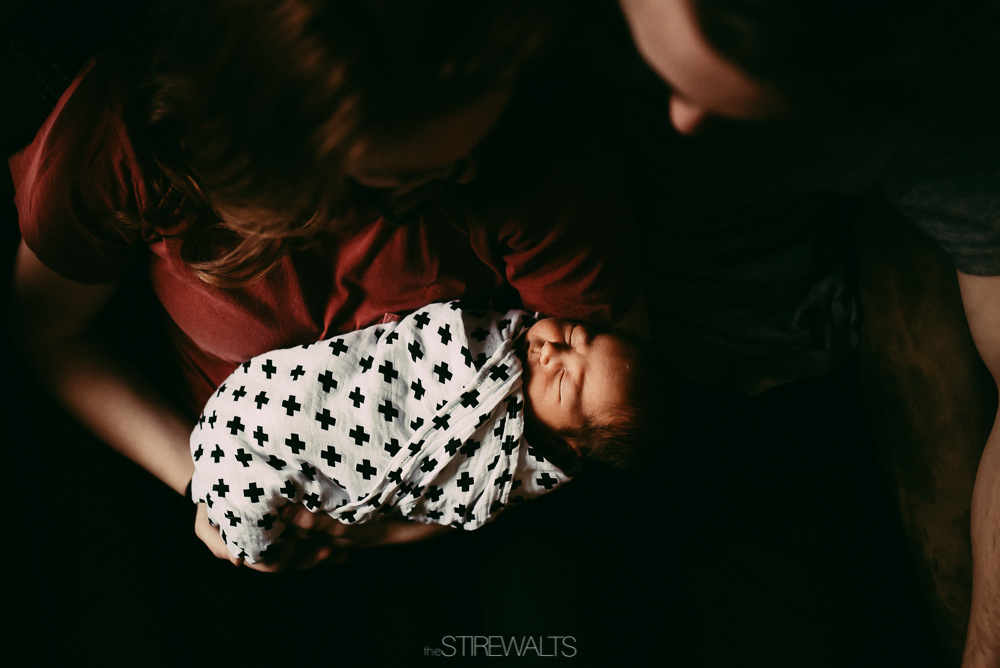 Hostetler.newborn.graceandchaos.©2017.TheStirewalts-5.jpg