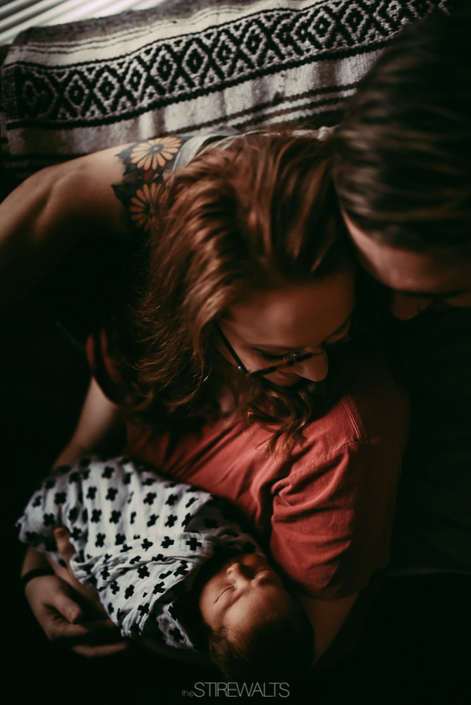 Hostetler.newborn.graceandchaos.©2017.TheStirewalts-9.jpg