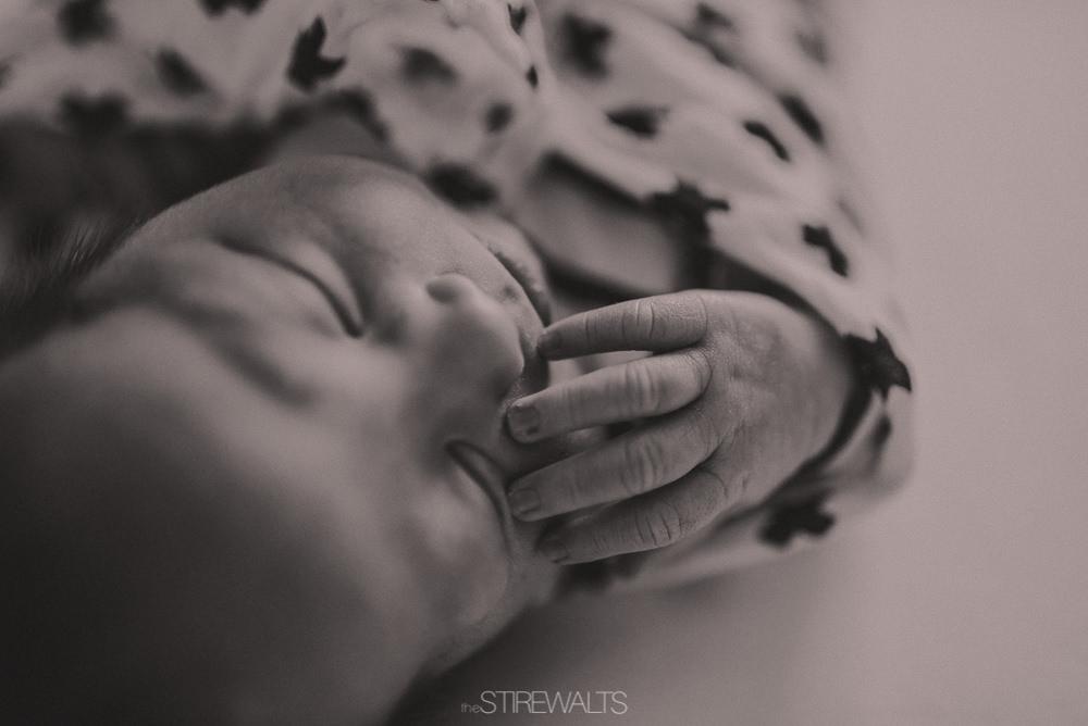 Hostetler.newborn.graceandchaos.©2017.TheStirewalts-57.jpg