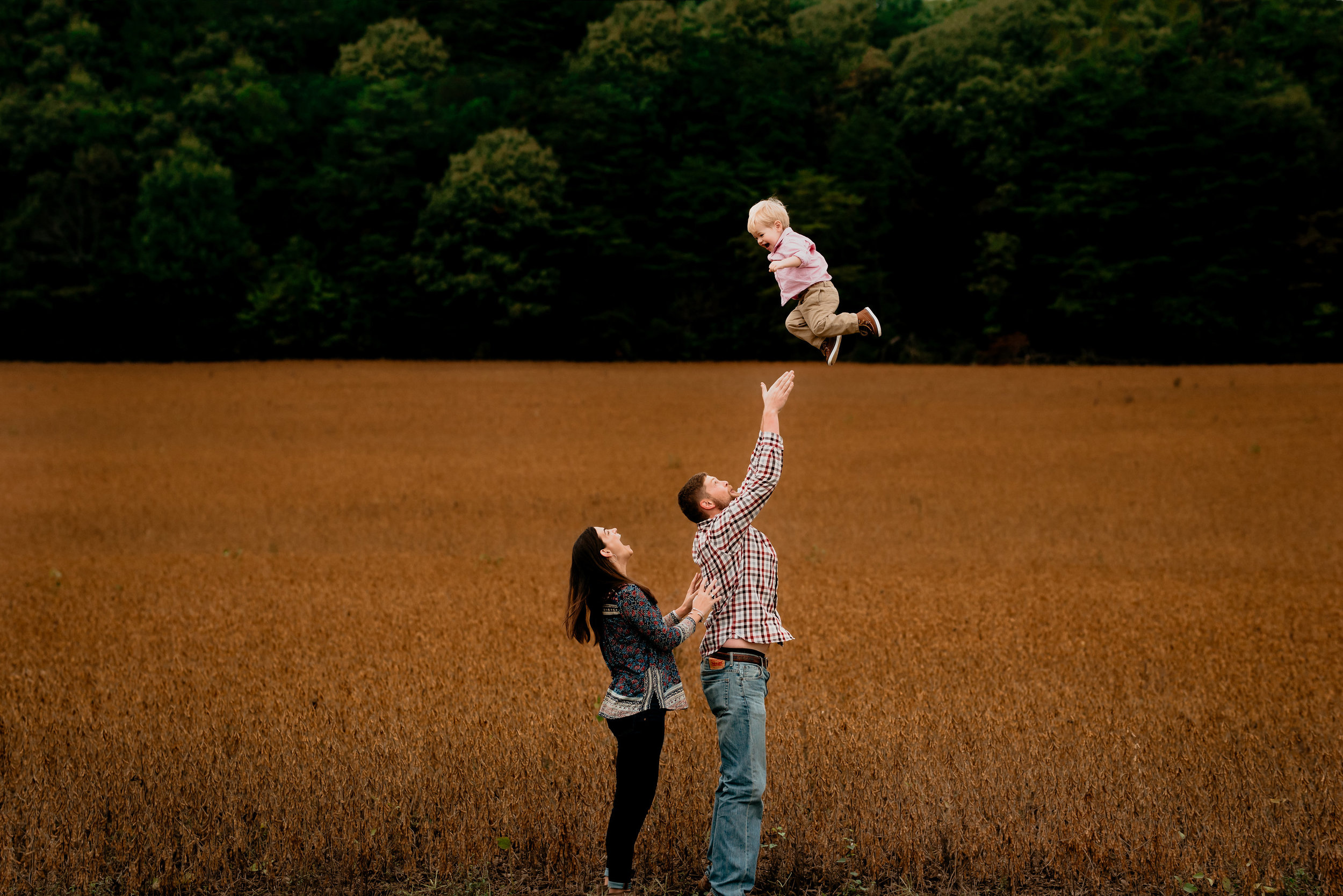 Honeycutt.Fall.family.©2017.TheStirewalts.Photography.LLC-64.jpg