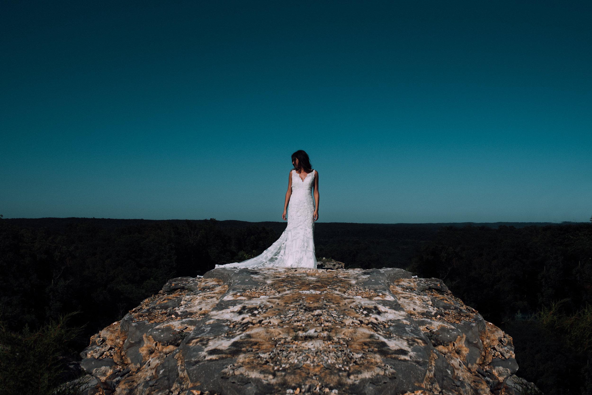 Katelyn.Maestri.Bridals.©2017.TheStirewalts-99.jpg
